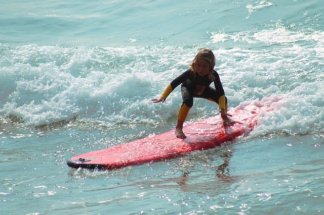 Best kids surfboards guide